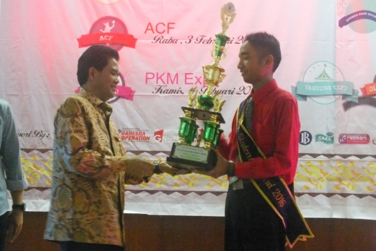 Student essay competition unand